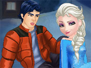 Play Elsa and Ken Kissing