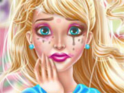 Play Super Barbie Make Up Fiasco