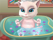 Play Talking Angela Bathing